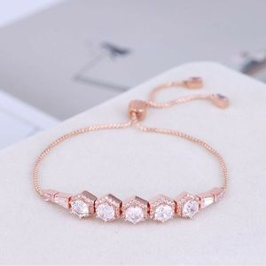 NEW Henri Bendel Rose Gold Gorgeous Chain Bracelet